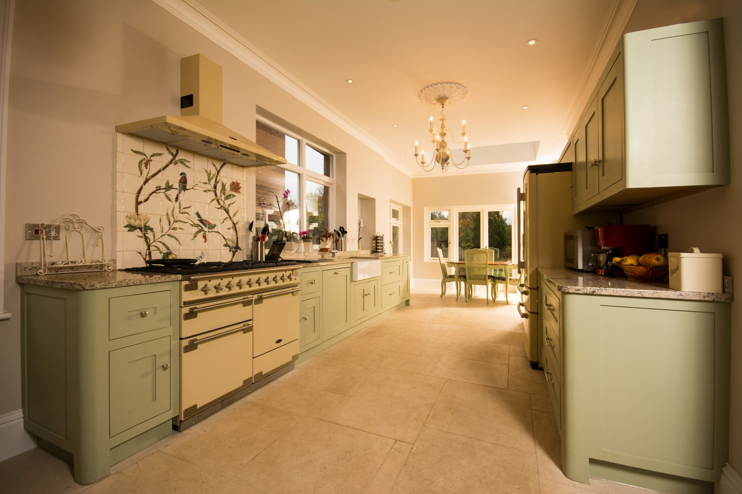 Garden road sundridge park regalfast for Complete kitchens